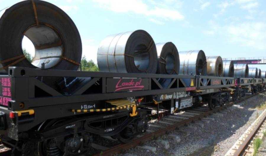 Tatravagónka dostarczy platformy dla Laude? Czasu mało
