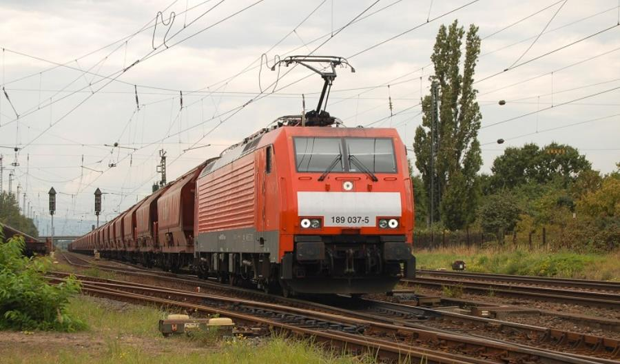 17 lokomotyw BR189 wbarwach DB Schenker Rail Polska