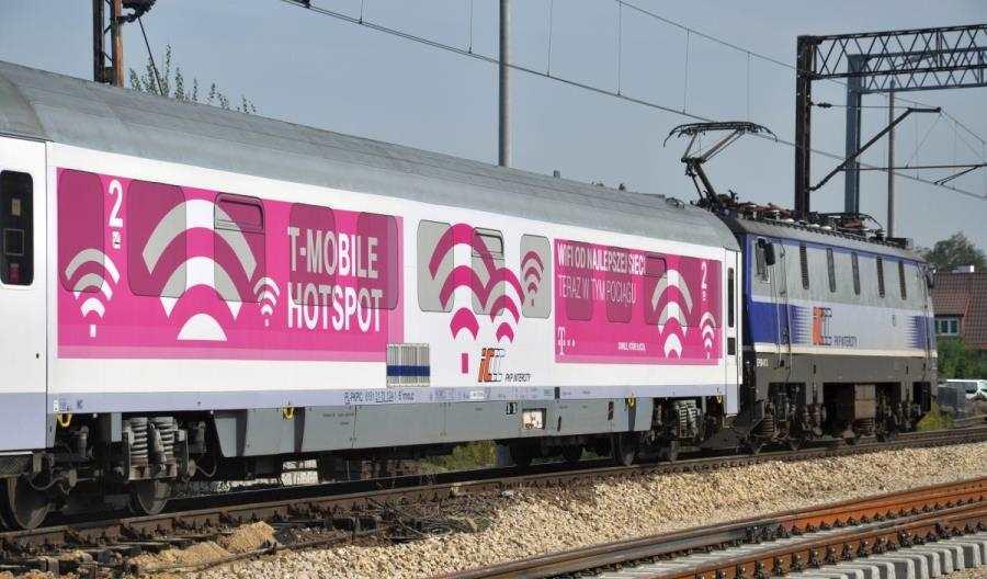 PKP Intercity zdejmie reklamy zszyb