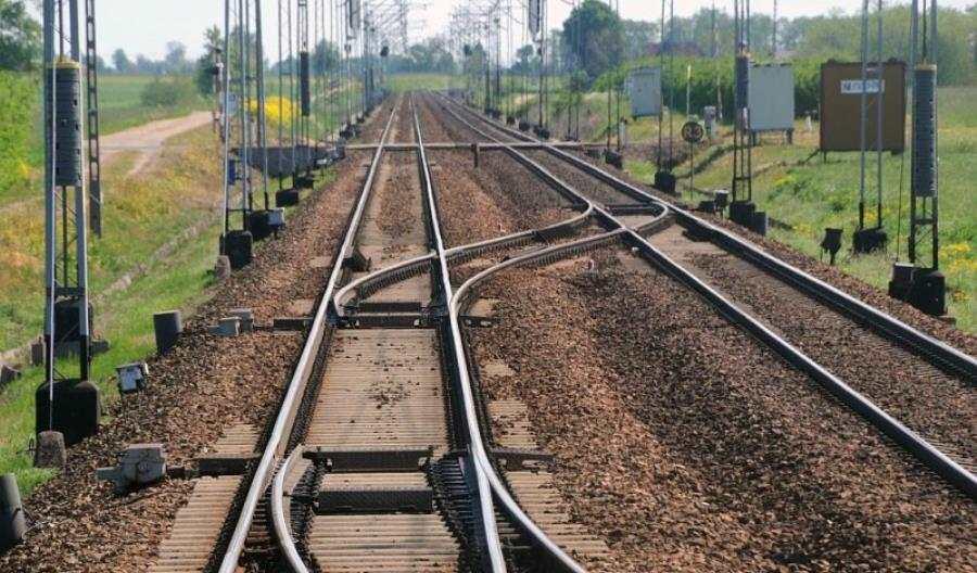 Woj. mazowieckie: Zawcześnie naliberalizację rynku przewozów pasażerskich