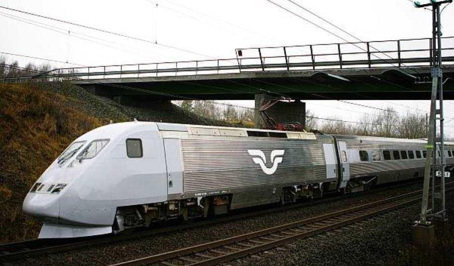 Szwecja: Sześć godzin w pociągu bez klimatyzacji, wody i otwartych okien