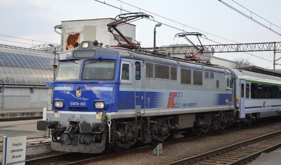 PKP Intercity zmodernizują lokomotywy iwagony