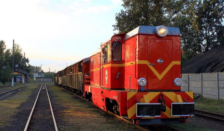 Srebrny pociąg Kolei Śląskich i GKW
