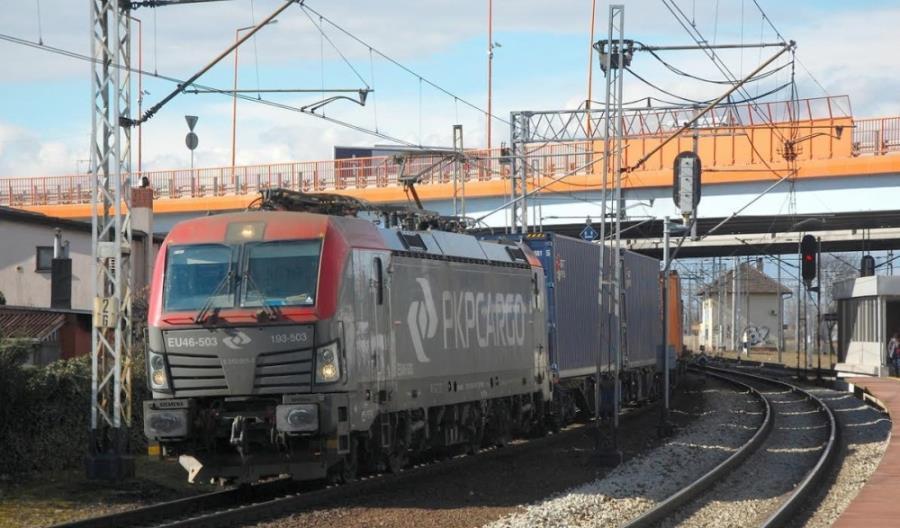 Ruch pociągów między Chinami a Europą rośnie lawinowo