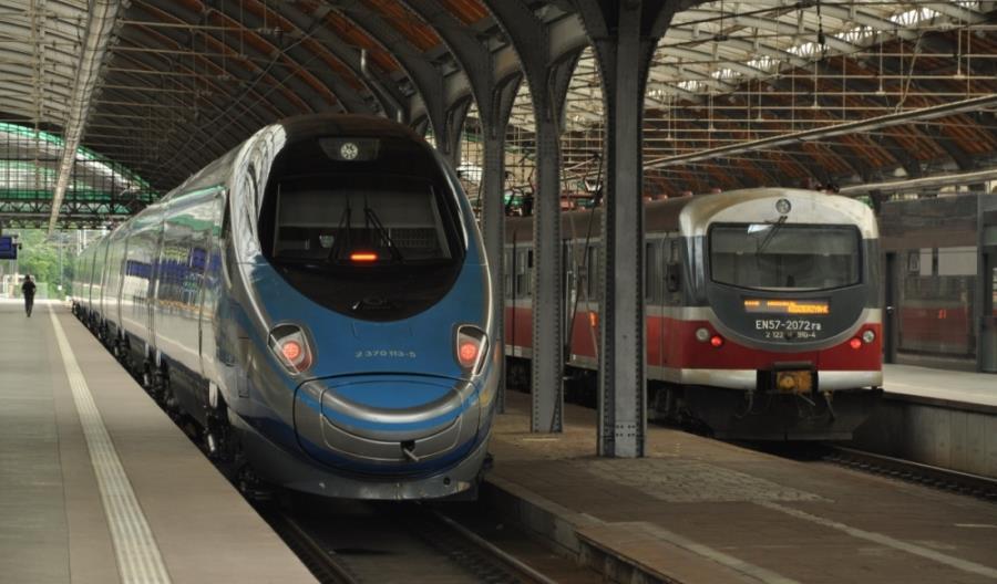 Jak dojechać koleją z Białegostoku do Wrocławia w 3 godziny i 15 minut?