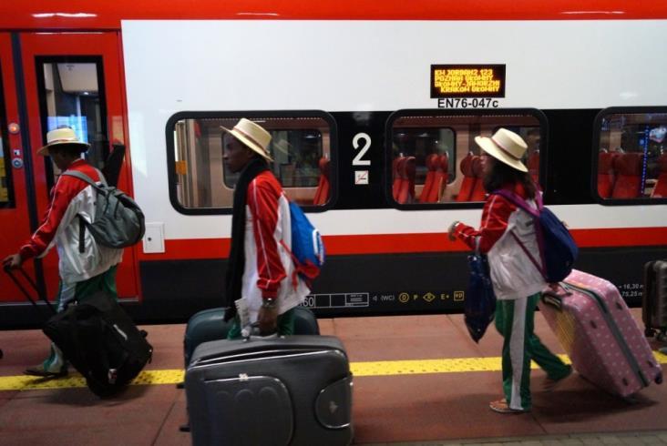 Pociągami przyjechało do Krakowa już ponad 50 tysięcy pielgrzymów [aktualizacja 15:00]