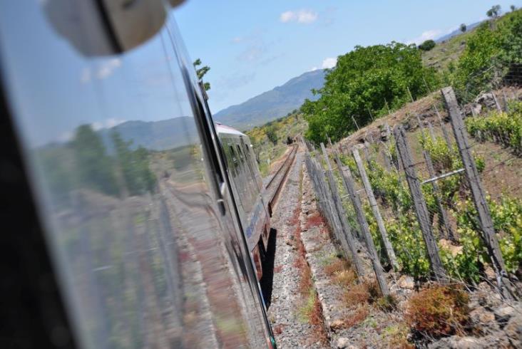 Sycylijski Vulcano z Newagu wyjedzie z pasażerami za kilka dni (zdjęcia)