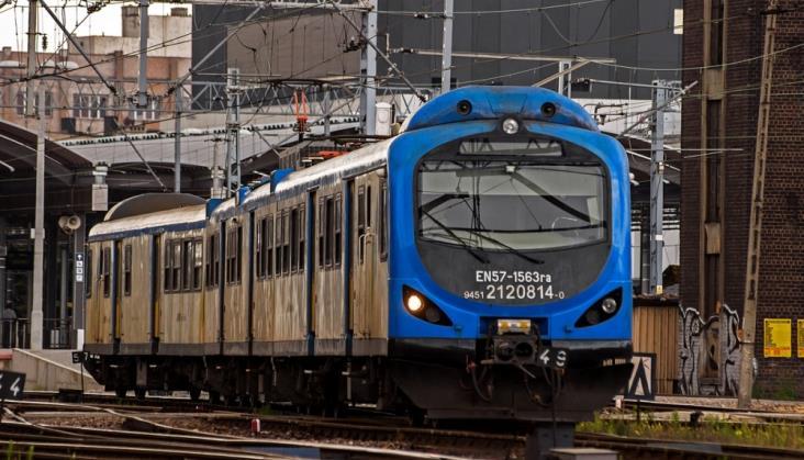Koleje Śląskie posyłają do naprawy EN57 oraz EN71
