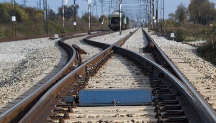 Słabsze wyniki ZUE wywołane spowolnieniem na rynku kolejowym