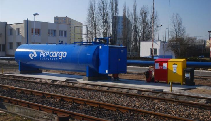 25 kolejowych automatycznych stacji paliw w PKP Cargo