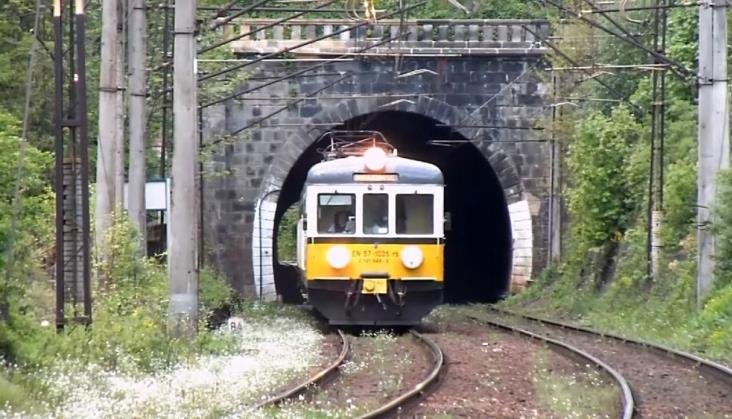 Bliżej naprawy tunelu w Bardzie Śląskim