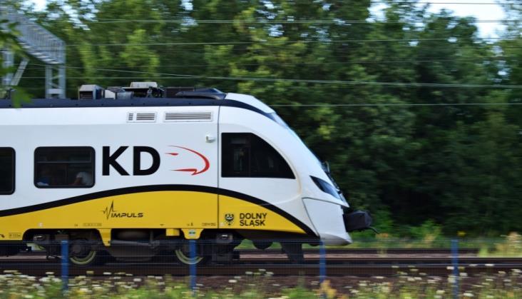 UTK podpowiada, jak zamawiać i utrzymywać pociągi