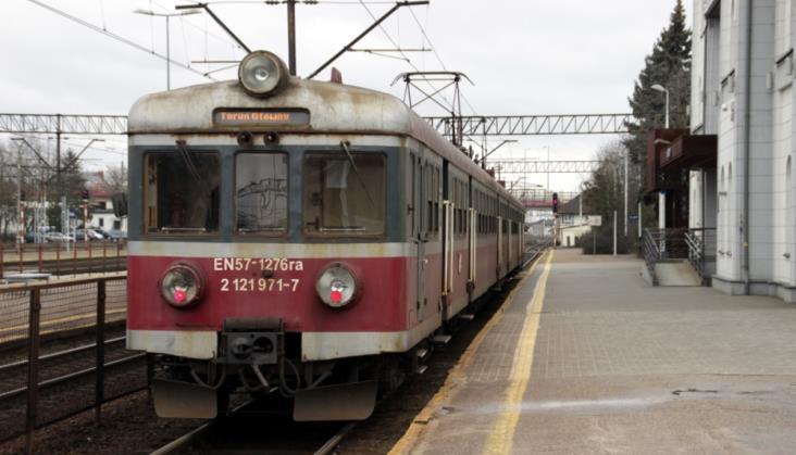 Kujawsko-pomorskie: Pociąg do Łodzi to nie rola marszałka