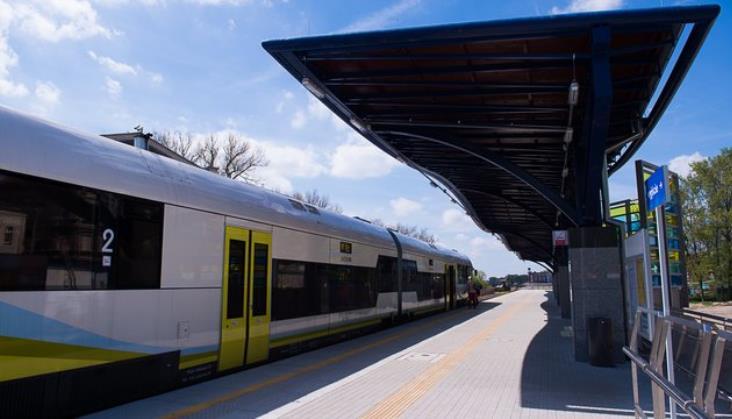 PLK: W całym kraju powstają nowe przystanki kolejowe