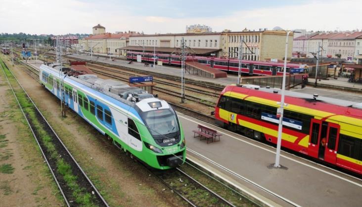 Podkarpackie szykuje się do pięcioletniej umowy na przewozy kolejowe
