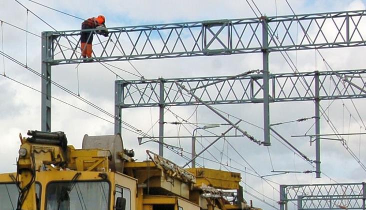Zerwana sieć trakcyjna i odwołane pociągi na linii do Mińska Mazowieckiego