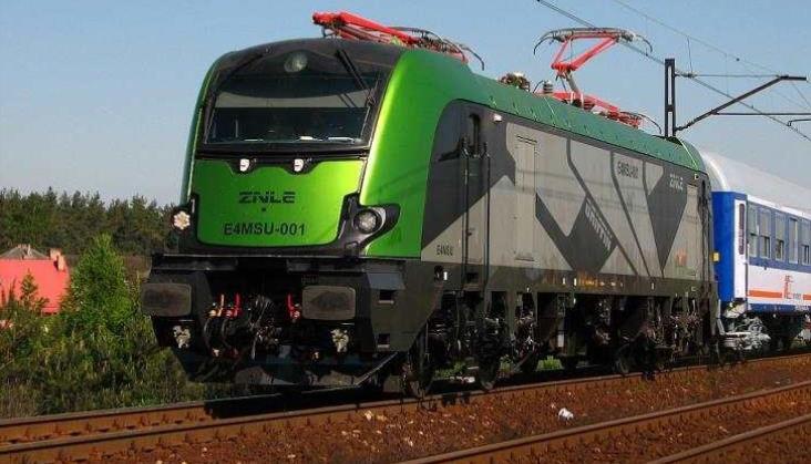 Newag chce kolejnych zmian w przetargu na 20 lokomotyw dla PKP Intercity