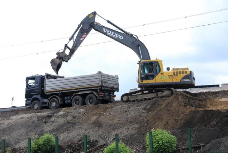 Kolejny etap prac na linii kolejowej Kraków Główny Towarowy – Rudzice [zdjęcia]