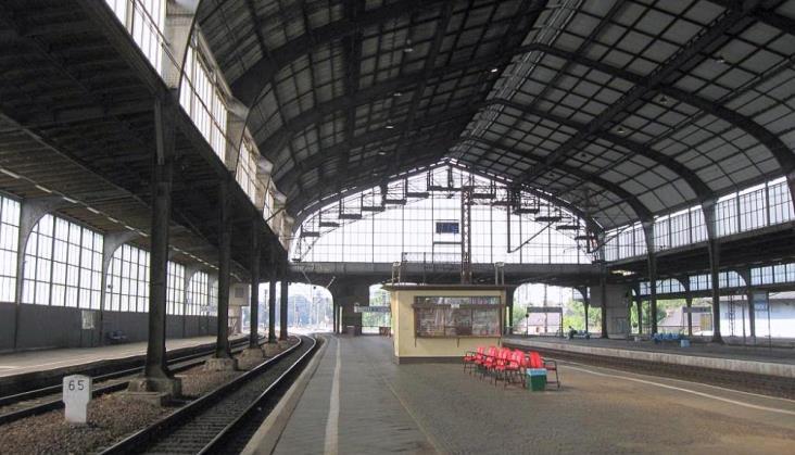 Stacja w Legnicy zyska na dostępności. Będzie także remont zabytkowej hali