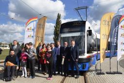 Pięćsetny tramwaj Pesy wyjechał właśnie na tory w Bydgoszczy