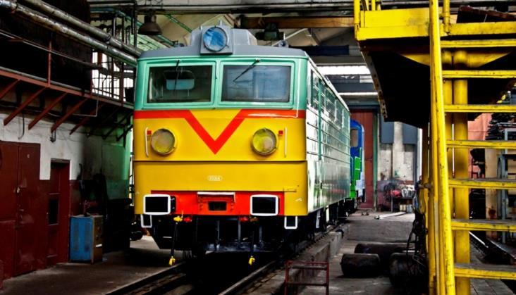 PKP Cargo przywróciło historyczne barwy kolejnej lokomotywie