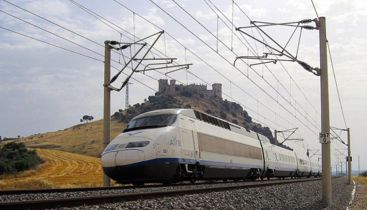Hiszpania: Linie lotnicze chcą uruchomić pociągi dużych prędkości