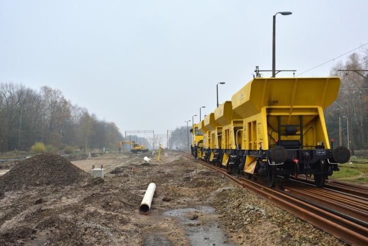 Prace na linii Warszawa – Lublin idą do przodu [zdjęcia]