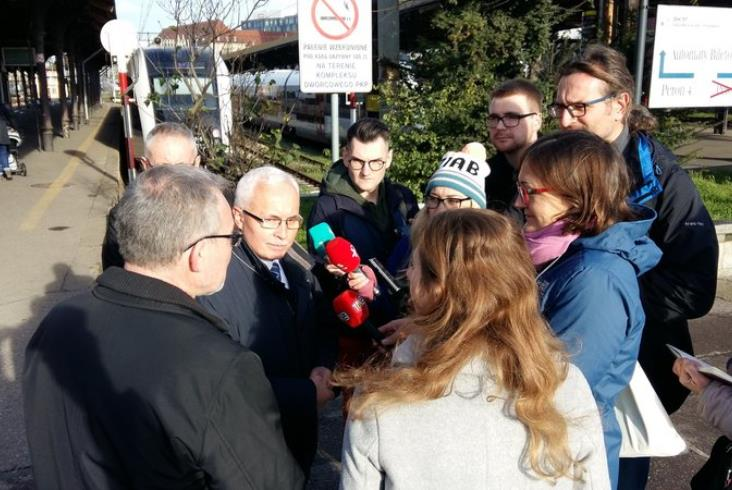 Trwają prace na stacji kolejowej Gdańsk Główny [zdjęcia]