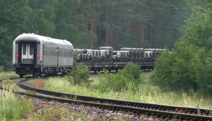 PKP Intercity jednak zamawia wagony dla wojska