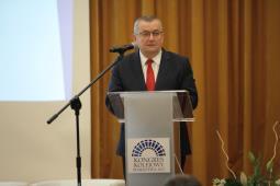 KK 2017. Andrzej Adamczyk: Wydanie 67 miliardów na kolej to priorytet rządu