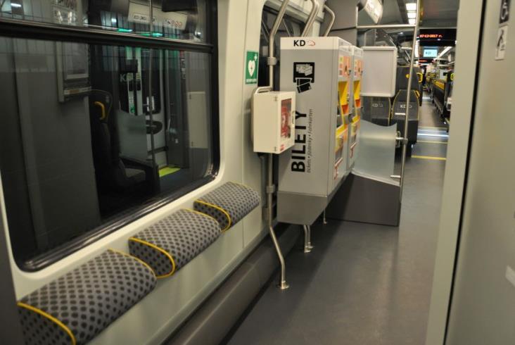 Koleje Dolnośląskie prezentują nowe Impulsy i halę utrzymaniową [zdjęcia]