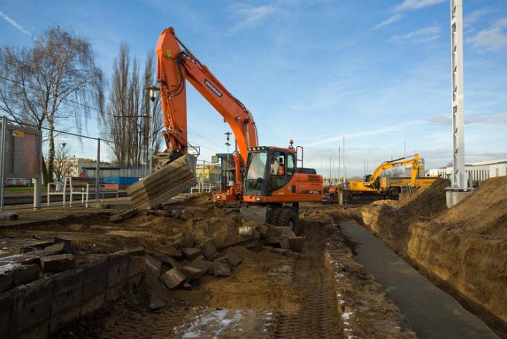 Widać postępy prac przy modernizacji E20 [zdjęcia]