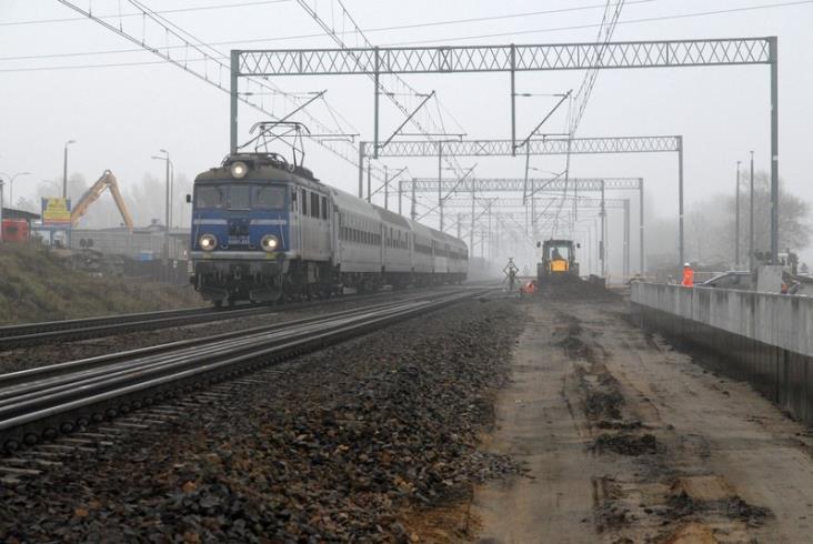PLK: Dobre tempo prac na linii Grodzisk Mazowiecki – Warszawa