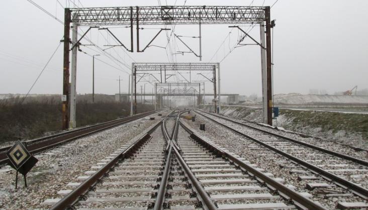 PLK wyremontowały kolejny odcinek linii między Radomiem a Radzicami