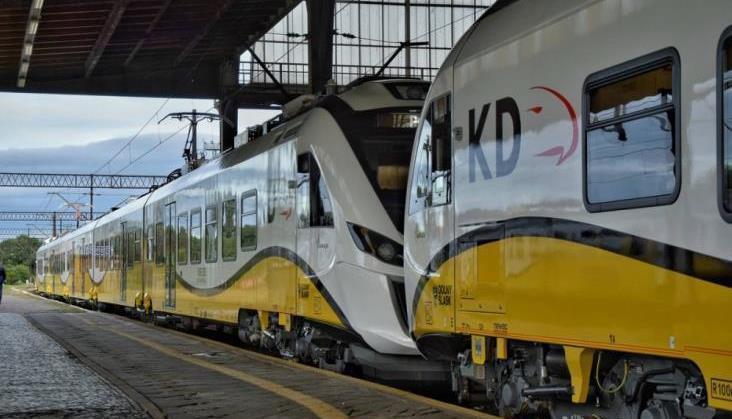 """Koleje Dolnośląskie uruchomią przyspieszone pociągi """"Premium"""""""