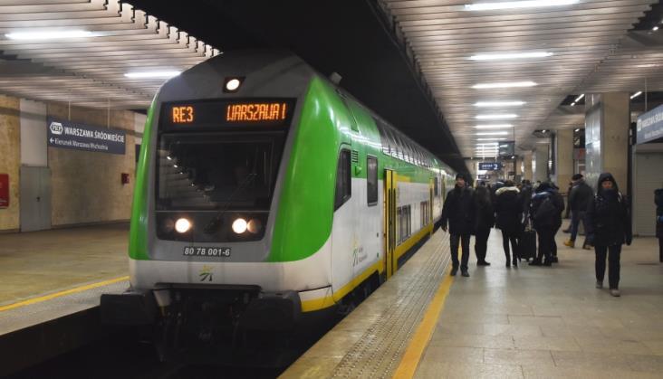 Pęknięcia szyn kolejowych w centrum Warszawy. PLK: Reagujemy na bieżąco