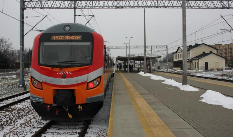 Polregio zaprezentowało zmodernizowane EN57Ald w Łukowie i w Olsztynie