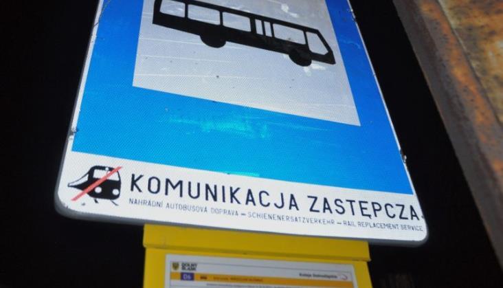 Autobusy za pociągi PKP IC na siedmiu liniach