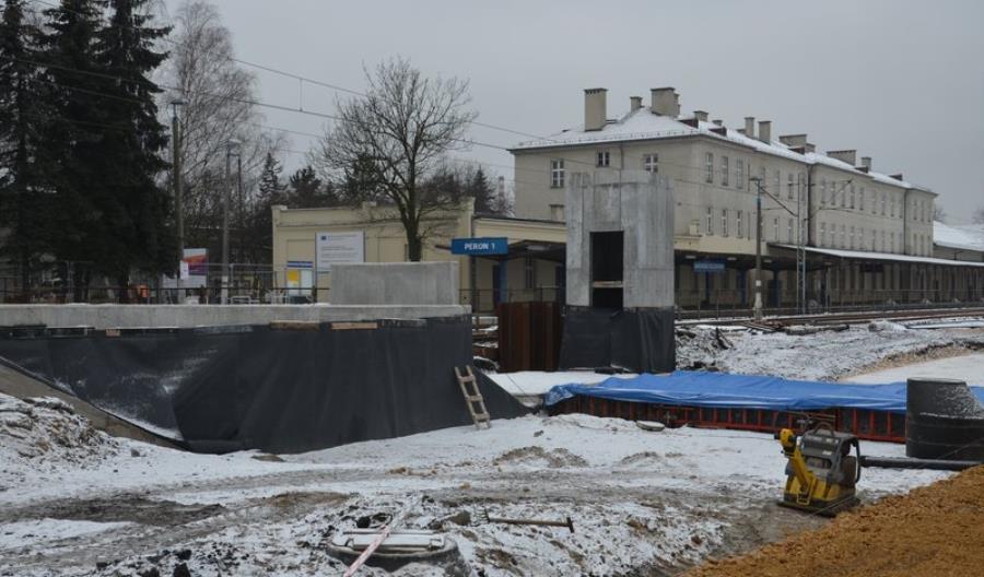 Trwają prace przy modernizacji stacji Jaworzno Szczakowa na E30