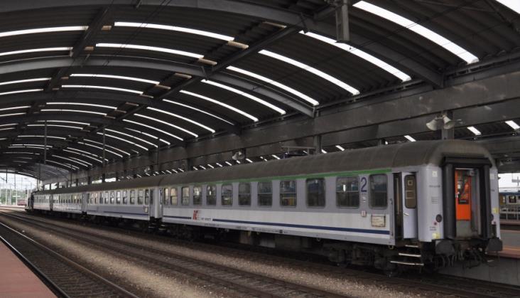Znacznie spadła punktualność pociągów pasażerskich