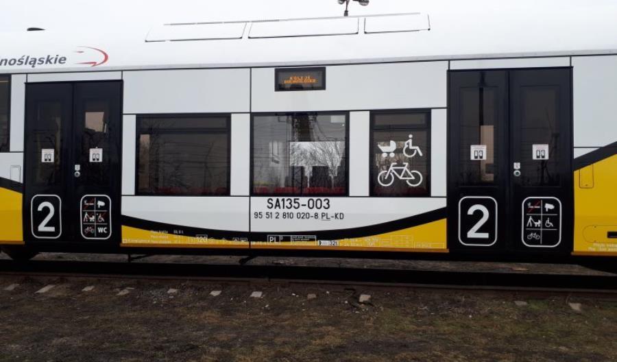 Koleje Dolnośląskie odebrały SA135 po P4. Są nowinki [zdjęcia]