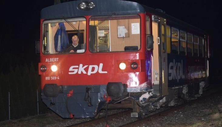 Samochód wjechał pod motoraka SKPL między Sanokiem a Krosnem
