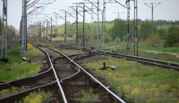 Linia kolejowa nr 12 zyskuje na znaczeniu