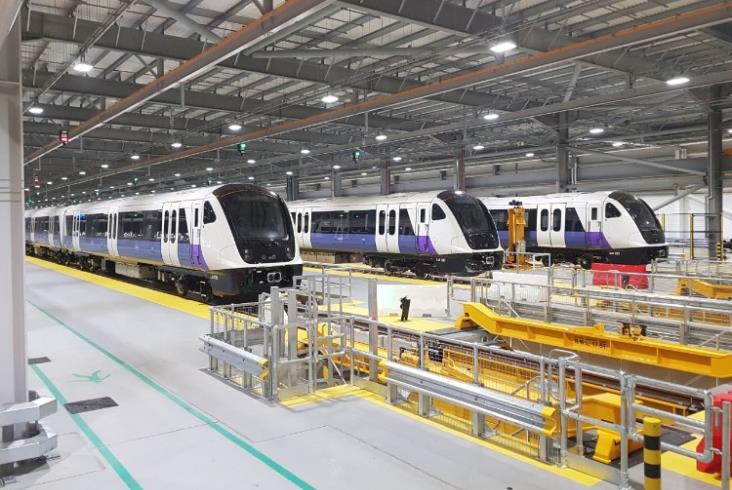 Londyn: Bombardier dostarczy dodatkowe pociągi dla Crossrail