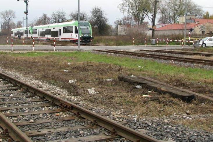 PLK: Prace na linii Ostrołęka – Łapy podzielone na dwa etapy