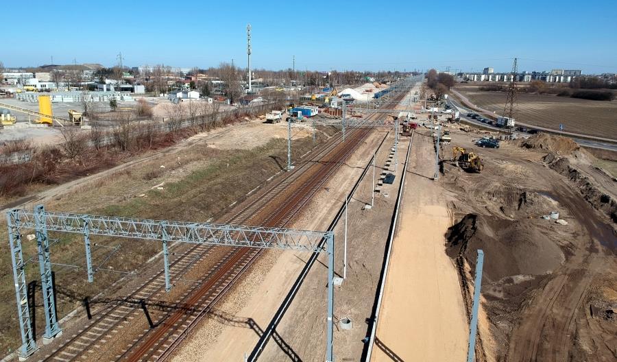 Zmienia się stacja Pruszków i linia Grodzisk Mazowiecki – Warszawa [zdjęcia]