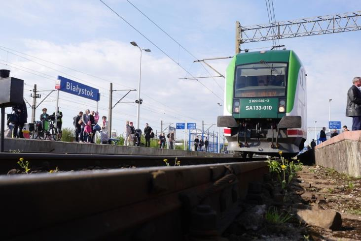 Wróciły weekendowe pociągi do Walił