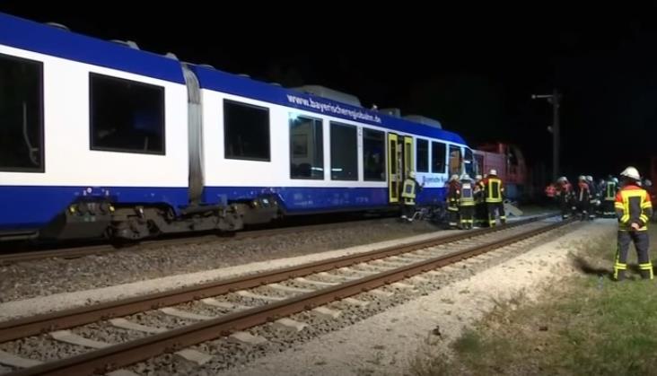 Katastrofa kolejowa w Bawarii. Nie żyją dwie osoby [aktualizacja]