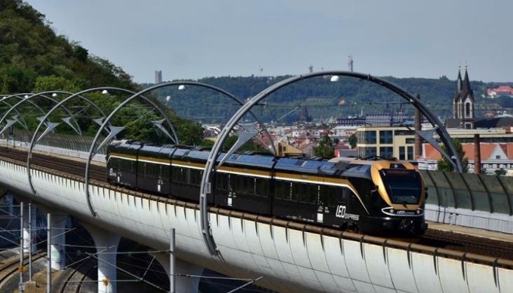 Leo Express i Koleje Dolnośląskie razem na rzecz pociągu z Wrocławia do Pardubic i Pragi