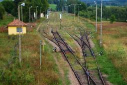 Rzońca: Priorytet dla kolei biegnącej do granic kraju